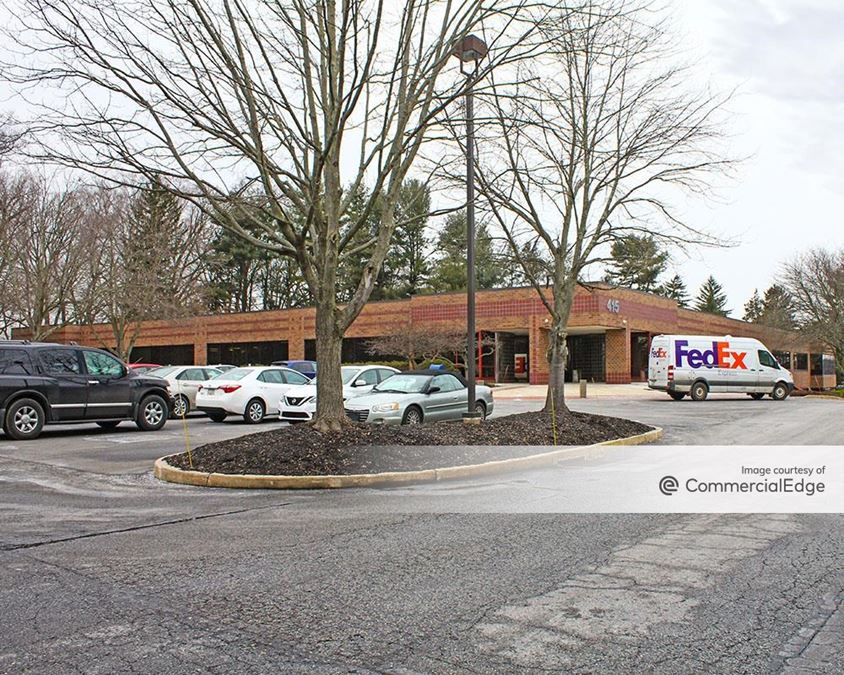 Longwood Corporate Center South - 415 McFarlan Road