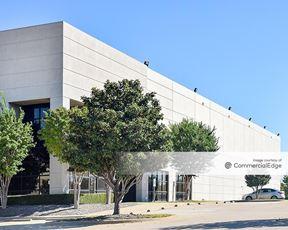 Prologis Heritage Business Park - 801 Industrial Blvd - Grapevine