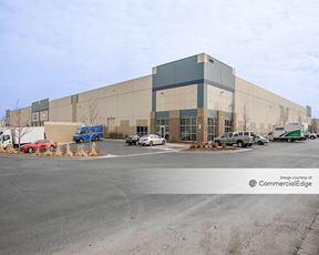 Centerpark - 4900 Osage Street