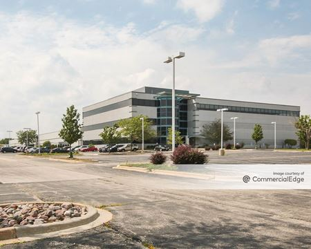The Corporate Woods - 333 Corporate Woods Pkwy - Vernon Hills