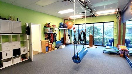 Airport Business Center - Formerly Physical Therapy Office - Clearwater