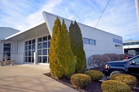 Strategically Located Highway Commercial / Truck Service Facility with Outside Storage - St. Louis