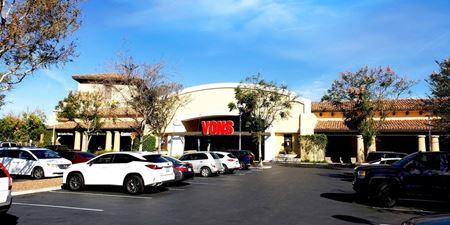 El Paseo Simi Shopping Center - Simi Valley