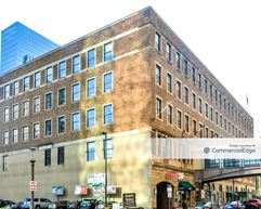 Young Quinlan Building - Minneapolis