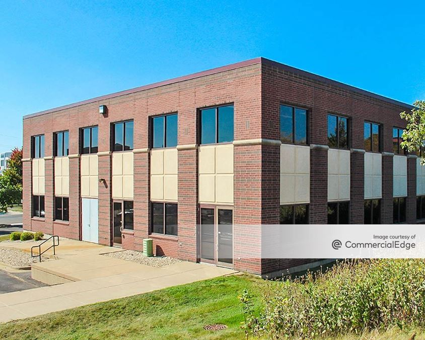 High Crossing Office Park - 5315 Wall Street