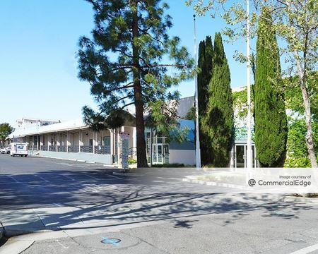 220 Portage Avenue - Palo Alto