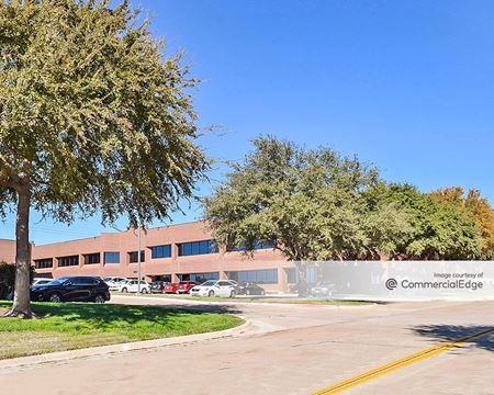 Royal Tech Business Park - N - Irving