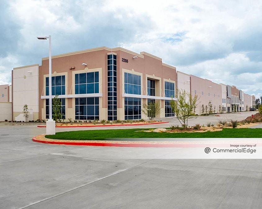 Redlands Commerce Center