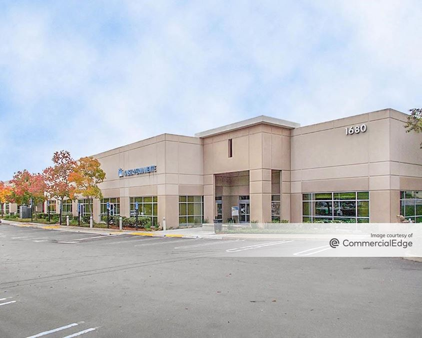 Parkway Corporate Plaza - 1680 East Roseville Pkwy