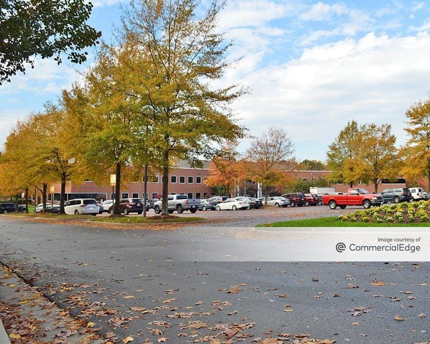 Innsbrook Corporate Center - 4900 Cox Road