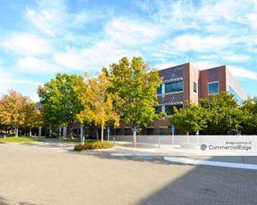 Crown Plaza - 2750 Gateway Oaks Drive
