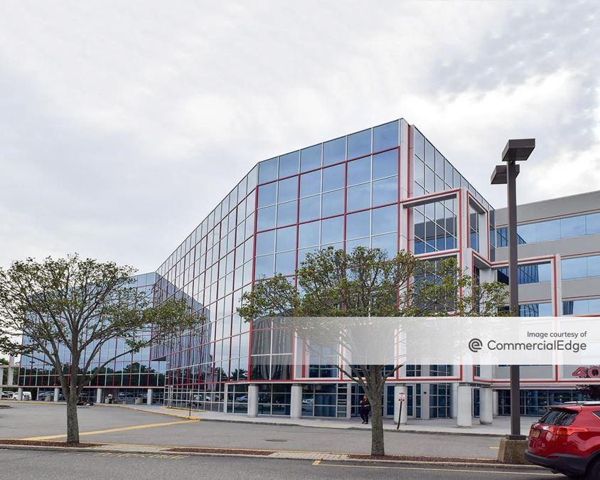 Garden City Plaza - 400 Garden City Plaza