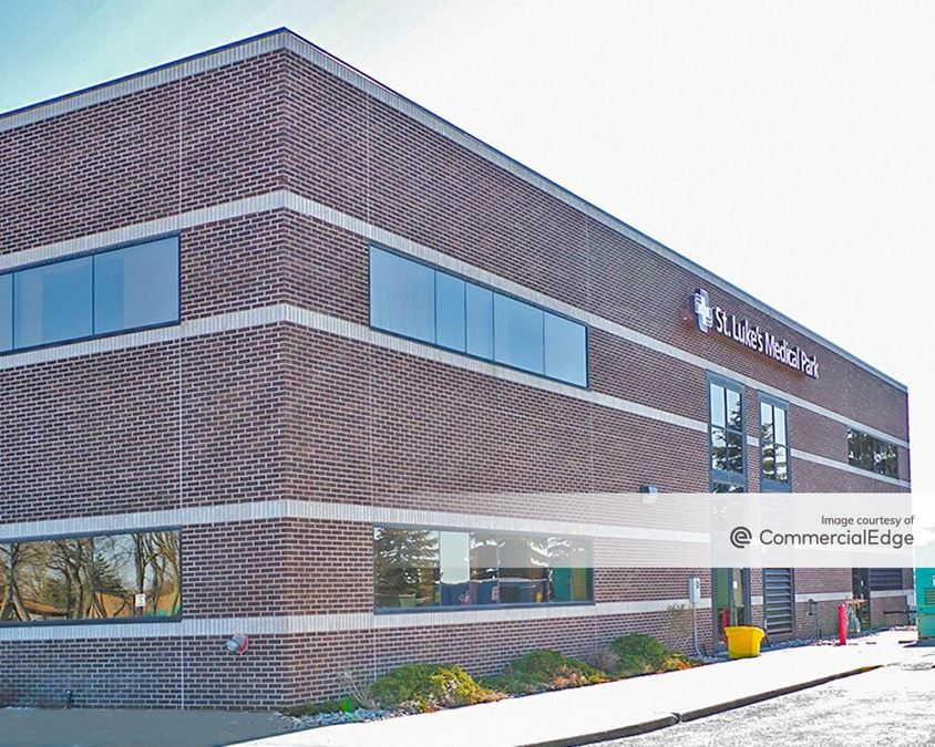 St. Luke's Hospital - Business Center