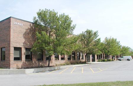 Bradley Business Center - Lake Forest