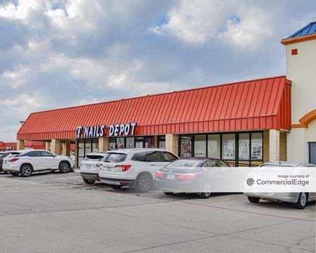 Walnut Plaza Shopping Center - Garland
