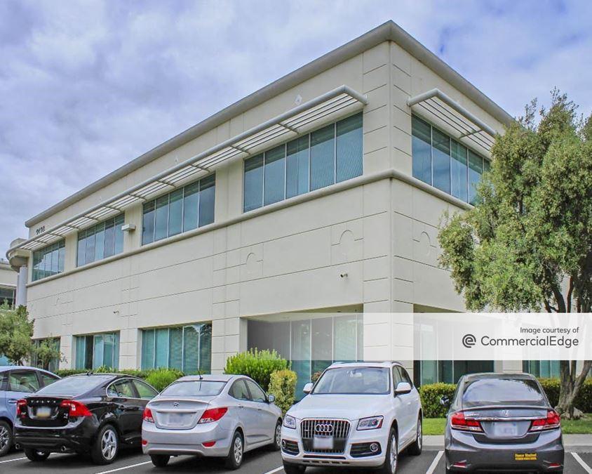 Gold Street Technology Center - 2130 Gold Street