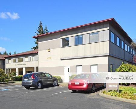 The 101 - 1300 & 1400 Evergreen Park Drive SW - Olympia
