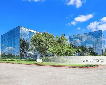 9432 Katy Fwy - Houston