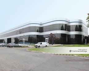 Mid-Westchester Executive Park - 12 Skyline Drive