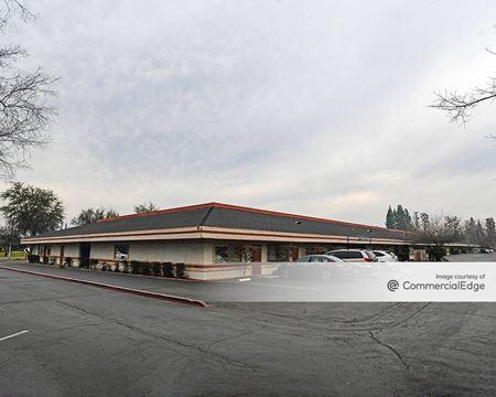 First & Dakota Professional Center - Fresno