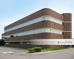 City Center Office Park - Sterling Heights