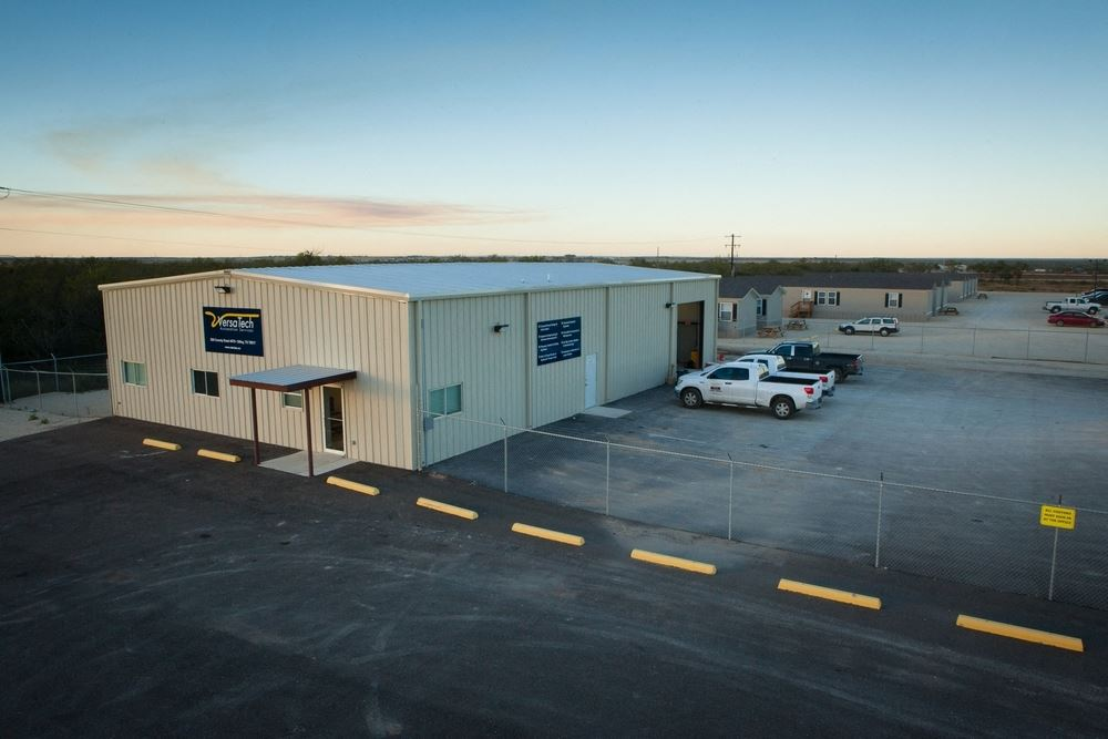 Industrial Property For Sale or Lease in Dilley Texas