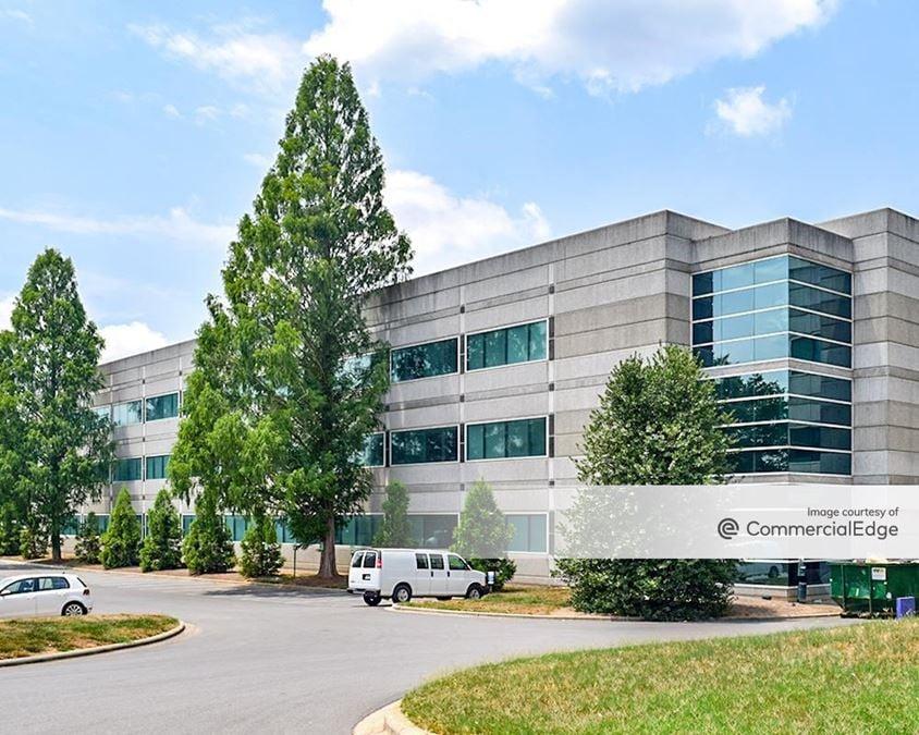 LakePointe Office Park - Belk Headquarters