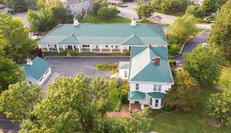 Prospect Kentucky Signature Office Complex For Sale - Prospect