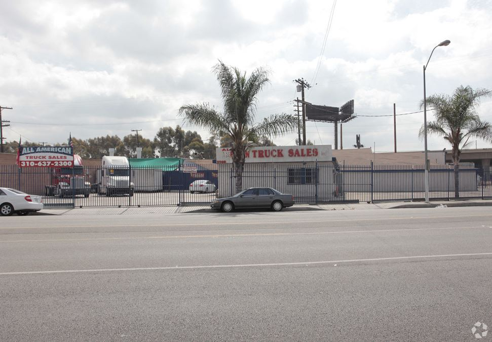 2900 E Imperial Hwy