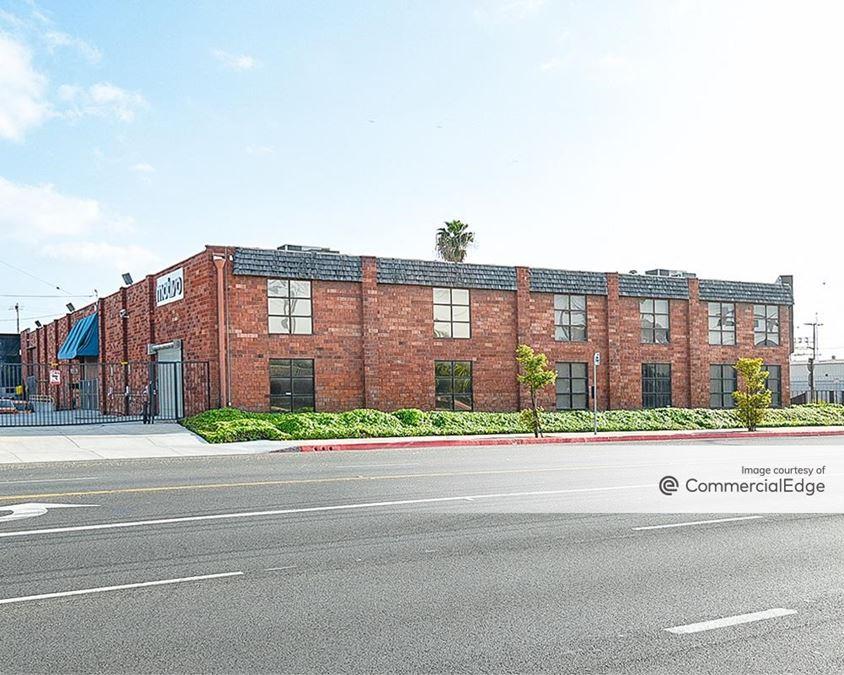 17700 South Figueroa Street