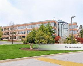 Bellevue Park Corporate Center - 300 Bellevue Pkwy