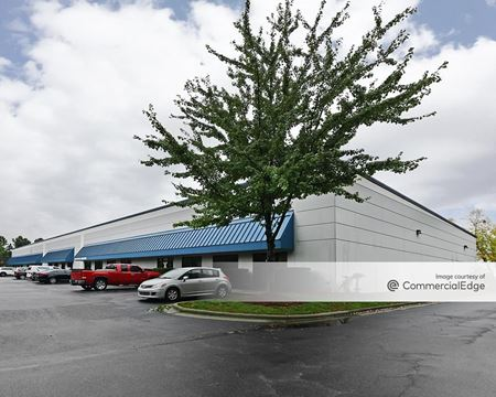 Sumner Business Park - 2400 Sumner Blvd - Raleigh