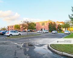 15151 Florida Blvd - Baton Rouge