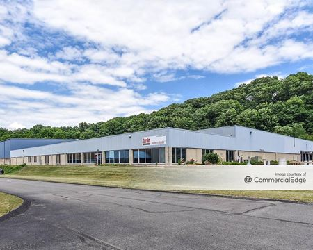 2260 Roswell Drive - Pittsburgh