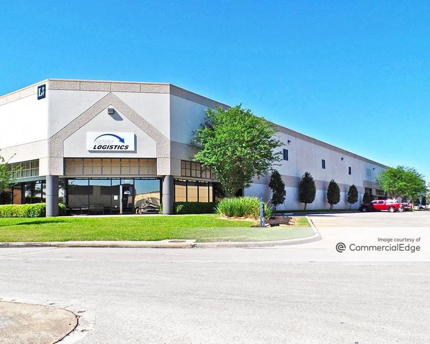 Central Green Business Park - 16405 & 16445 Air Center Blvd