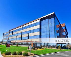 ShelbyHurst Office Campus - Building 900 - Louisville