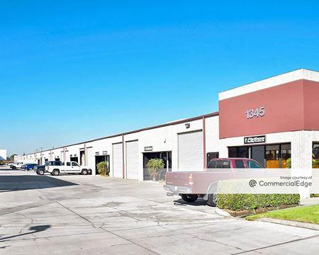 Miraloma Red Gum Business Park - Anaheim