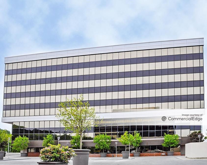 Merritt 7 Corporate Park - Building 201