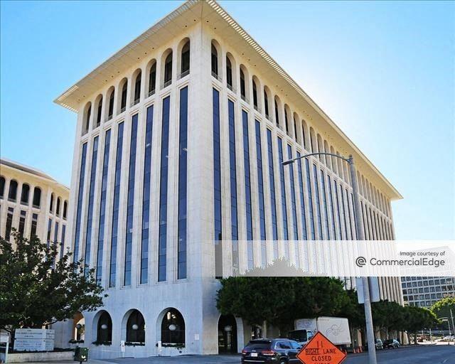 Wilshire Colonnade West