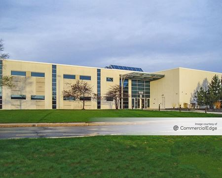 Tallgrass Corporate Center - Bolingbrook