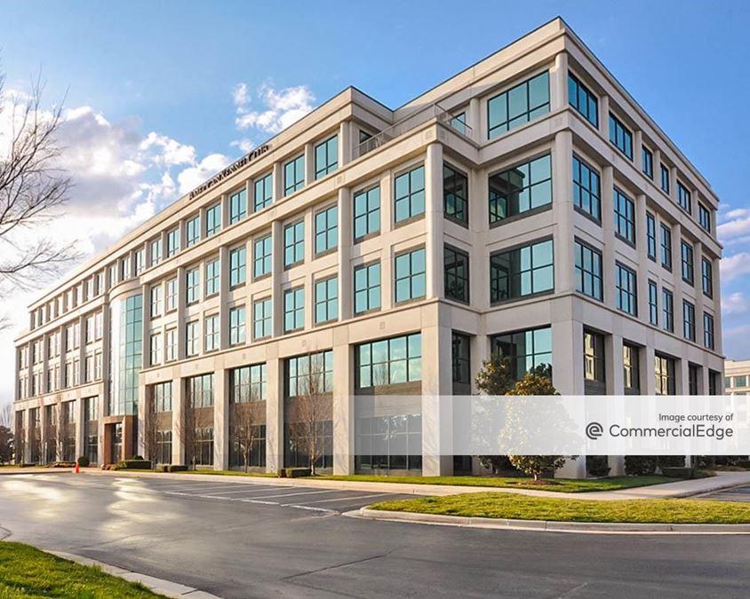 Brier Creek Corporate Center - 8051 Arco Corporate Drive
