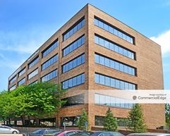 5353 Wayzata Office Center - St. Louis Park