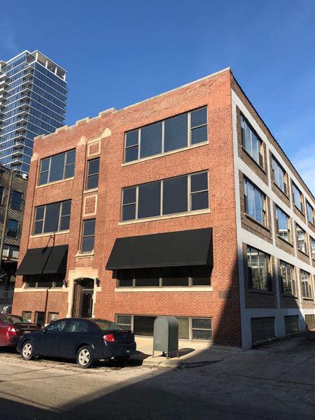 314 West Institute Place  - Chicago