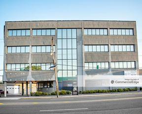 8901 Kennedy Blvd
