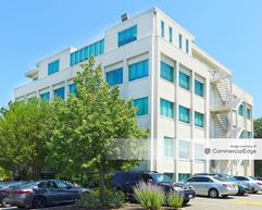 Long Island Office Park - 131 Jericho Turnpike - Jericho