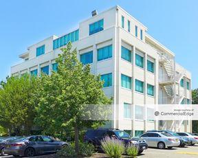 Long Island Office Park - 131 Jericho Turnpike
