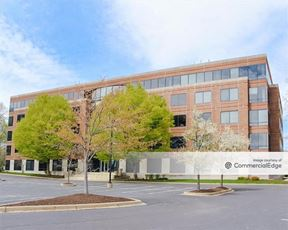 Bellevue Park Corporate Center - 200 Bellevue Pkwy