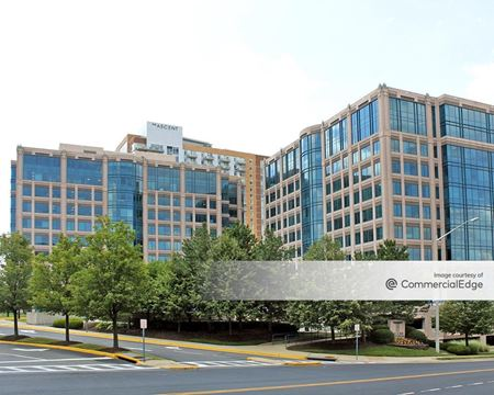 Greensboro Corporate Center - McLean