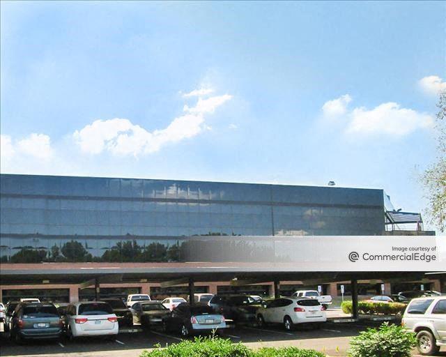 Crescent Corporate Center