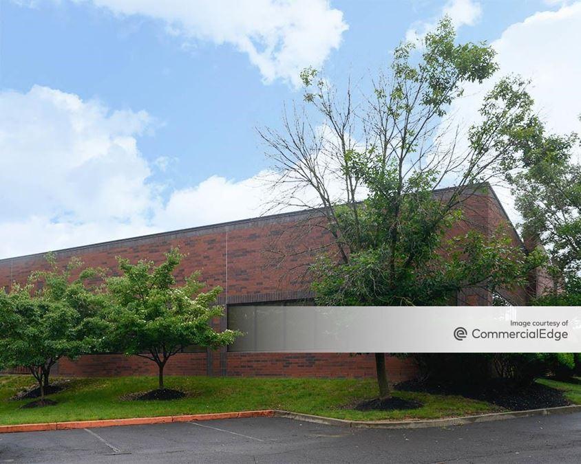 Glenview Corporate Center - 3330 Tillman Drive